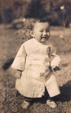 Wash as a toddler, growing up in Shanghai.
